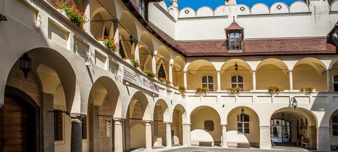 Prehliadka Bratislavy s ochutnávkou vín