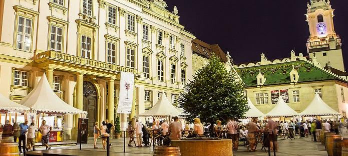 Vínna prehliadka Bratislavy